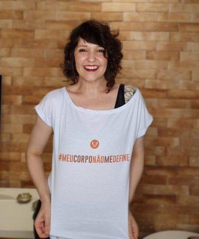 Camiseta Gola Canoa #meucorponaomedefine